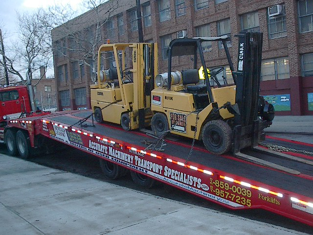 FORKLIFTTRANSPORT001.jpg